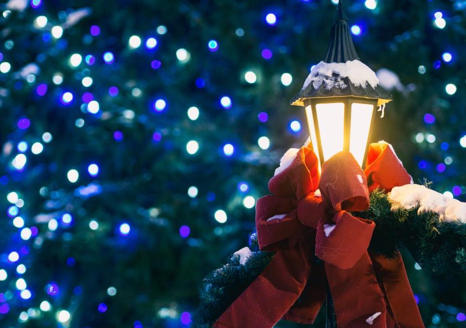 How to Cope When the Holidays Aren't the 'Most Wonderful Time of the Year' for You